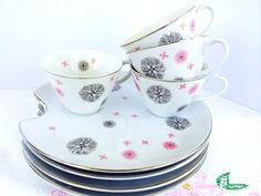 Vintage 1950s Royal Sealy China Snack Set 4 Plates with 4 Teacups Pink and Charcoal Gray Atomic Design Eames Era #nonabellevintage #shabbychic #vintagechina #vintageteacups