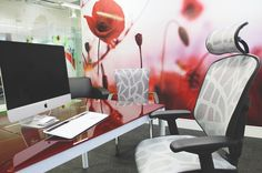 Our workspace in Comfort HQ featuring the Lii chair & Enjoy Elite chair 🤩🤩 Office Desk, Chair, Furniture, Home Decor, Self, Homemade Home Decor, Desk Office, Desk, Home Furnishings