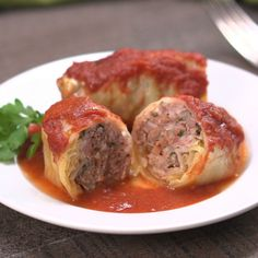 It's that wintry time of year when we crave the comfort-food combo of cabbage and meat. The best way to find it? Classic homemade cabbage rolls, of course!