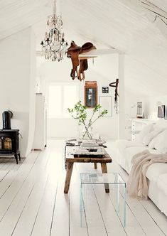 pristine white farmhouse {love the white wood floors}