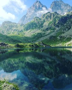 "Lago Fiorenza Piemonte (@teamdream2017) su Instagram: ""#lagofiorenza #piandelre #piandelrè #piemonte #italia #montagna #mountains #italy #monviso #hiking…"" Hiking, Nature, Travel, Instagram, Alpine Lake, City, Viajes, Lakes, Places"