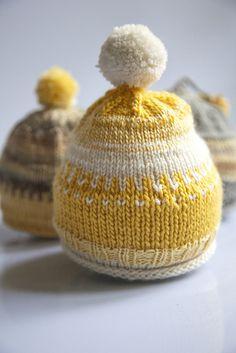 yellow baby hat.