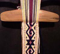TELARES DEL SUR -Tejidos con Identidad- TELAR MAPUCHE: noviembre 2008 Card Weaving, Tablet Weaving, Weaving Art, Loom Weaving, Inkle Weaving Patterns, Loom Patterns, Inkle Loom, Tear, Weaving Techniques