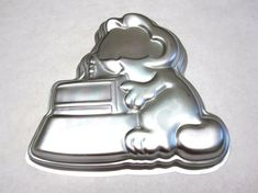 Garfield Wilton Cake Pan Mould / Mold by sweetie2sweetie on Etsy, $12.99