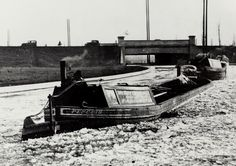 Wide boat 'Penguin' and others being towed through ice on the Paddington Arm of the Grand Junction Cana Canal Barge, Canal Boat, London Pictures, My Family History, Narrowboat, Long Distance, Penguin, Liverpool, British