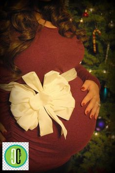 Christmas Maternity Picture