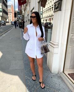 You know I love a shirt dress and this has a fitted waist 😍👌🏼 Ad Cute Casual Outfits, Stylish Outfits, Casual Dresses, Fashion Outfits, Fashion Killa, Everyday Outfits, Spring Outfits, Shirt Dress, Clothes
