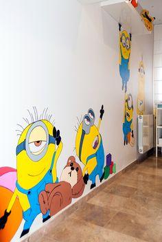 "MURAL ""Minions"" on Behance kinderzimmer, Kids Room Murals, Kids Room Paint, Wall Painting Decor, Diy Wall Decor, School Painting, Painting For Kids, Mural Art, Wall Murals, School Murals"