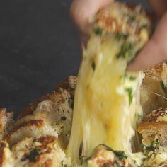 French Pull-Apart Garlic Bread