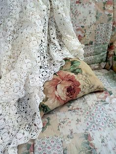 Vintage Curtains, Vintage Tablecloths, Vintage Crochet, Bed Spreads, French Vintage, Pillow Cases, Shabby, Blanket, Home