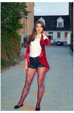 Pantyhose Outfits, Nylons, Lace Tights, Shorts With Tights, Tights Outfit, White Tights, Leggings, Flat Shoes Outfit, Ballet Flats Outfit