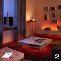 Une pièce illuminée selon vos envies avec #Hue grâce aux #LightStrips et aux #LivingColors Bloom !