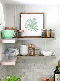 Dekorationen Und Regale In Küche Klein, Ideen Wandbild Auf Dem Regal Mit  Gläsern Und Schüsseln