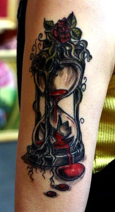 Hourglass has universally been the symbol of time from the pages of history, in spite of its removal from our practical use. This powerful symbol teaches us Music Tattoos, New Tattoos, Girl Tattoos, Get A Tattoo, Arm Tattoo, Cover Tattoo, Tattooed Couples Photography, Shoulder Tats, Tatoo