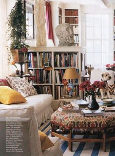 Carolina Irving's former Manhattan apartment is every book lover's dream! The once open space was partitioned into three separate sections. Living Room Inspiration, Interior Inspiration, English Decor, Manhattan Apartment, Interior Decorating, Interior Design, Living Spaces, Small Living, Family Room