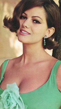 Italian Women, Italian Beauty, Italian Girls, Claudia Cardinale, Classic Actresses, Beautiful Actresses, Italian Actress, Actrices Hollywood, Celebs