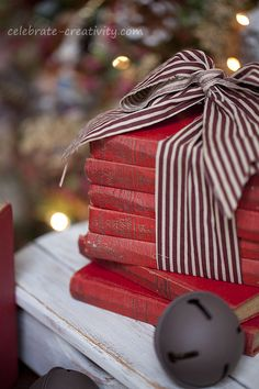 vintage books for gifts