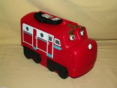 CHUGGINGTON CASE TRAVEL CARRY STORAGE USED TRAIN LOCOMOTIVE RED COMPARTMENTS #LearningCurve