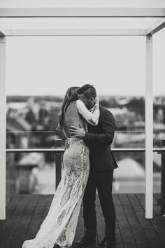 LANE Real Wedding / Cassie & David Melbourne Rooftop Romance / View Wedding on The LANE