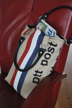 Lunchbag of mailbag fabric.   www.floortassen.nl