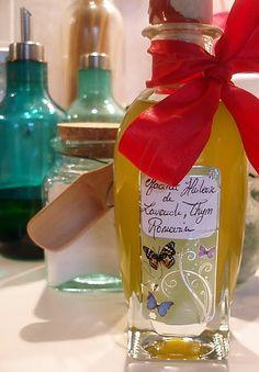 J'adore faire mes macérâts huileux !   Voici la recette express ( 2 heures au bain-marie) pour réaliser une huile de soin apaisante et antis... Homemade Beauty, Diy Beauty, Organic Beauty, Health And Beauty, Vodka Bottle, Natural Remedies, Essential Oils, Fragrance, Cosmetics