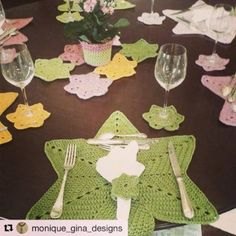 Service américain. Art de la table. #designer #designspiration @monique_gina_designs #handmade #homedecor #tablesetting #colorful #exclusive #at #laboutique #Lbci #onlineshopping #live #show #everyday #early #morning #tel📞79100224/5/6/7/8/9 #whatsup 70365654 #best #gift #ever #like4like #tagsforlikes #🍽