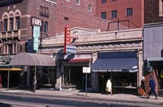 Here's a shot of West Grace Street downtown from close to 40 years ago, and a modern comparison. Although all these stores are currently emp. Confederate States Of America, Richmond Virginia, 40 Years, The Neighbourhood, Furs, History, Storyboard, Street, City