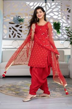 #patiala #fashion #indianwear Party Wear Indian Dresses, Dress Indian Style, Indian Fashion Dresses, Indian Designer Outfits, Indian Outfits, Pakistani Dresses, Patiala Suit Designs, Kurta Designs Women, Kurti Designs Party Wear