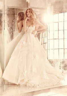 Hayley Paige Chantelle / Style 6552 Wedding Dress photo