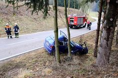 Die Bilder von der Unfallstelle an der Kreisstraße TS 20.