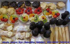 mini zákusky, www.cukrovi-kuncovi.cz rúzné druhy zákusků, svatební cukroví, dorty, svatební koláčky, slané dorty,obložené chlebíčky, jednohubky, kanapky, studené obložené mísy a další Kuncovi, Brno - Maloměřice, Hádecká 8 Mini Desserts, Sushi, Ethnic Recipes, Food, Essen, Meals, Yemek, Eten, Sushi Rolls