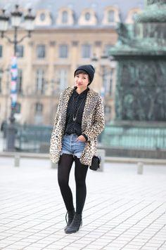 jean shorts, button up shirt, black stockings and boots - le monde de tokyobanhbao Levis Short, Short Denim, Short En Jean, American Apparel, Mood Colors, Black Stockings, Urban Outfitters, Asos, Blouse