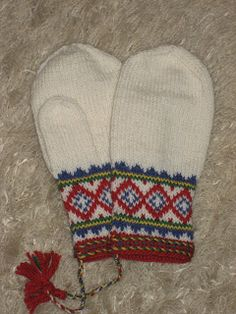 Mittens inspired from our natives: the samii-people/lapp people. They are to be knitted in bright white, . Crochet Mittens Pattern, Knit Mittens, Knitting Socks, Knit Crochet, Knitting Patterns, Knitted Slippers, Knitted Gloves, Norwegian Knitting, Knitting Projects