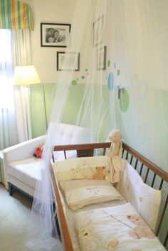 Interesting Unisex Baby Room Themes: Breathtaking Nursery Comfortable Unisex Baby Room Theme Idea Sweet Room Themes Gallery ~ dropddesign.com Bedroom Designs Inspiration