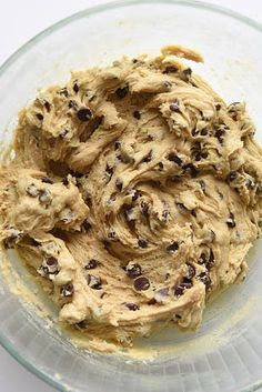 Here's How To Make The World's Greatest Chocolate Chip Cookies - Gluten free desserts - Yorgo Homeade Chocolate Chip Cookies, Chocolate Recipes, Homemade Chocolate, Chocolate Chips, Cookie Dough Recipes, Cookie Tips, Edible Cookies, Cookies Et Biscuits, Dessert Recipes