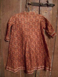19thc Hand Sewn Brown Calico Girls Dress  http://www.earlycountryantiques.com  Daily Dose