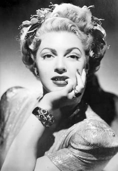 Lana Turner: A Life of Fashion Old Hollywood Stars, Hooray For Hollywood, Golden Age Of Hollywood, Classic Hollywood, Lana Turner, Celebrity Couples, Celebrity News, Celebrity Style, 1940s Fashion