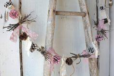 Pinecone Garland/ Pink White Pinecones/ Rustic Holiday Decor/ Christmas Garland/ Vintage Wedding/ Cottage Chic Garland/ Natural Birch Twigs