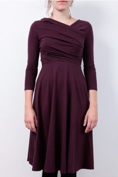 People Tree Dress: http://www.todayisagoodday.be/vrouwen/people-tree-tilly-wrap-over-bordeaux.html