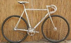 #fixie #bicycles #fixed #bicis | caferacerpasion.com