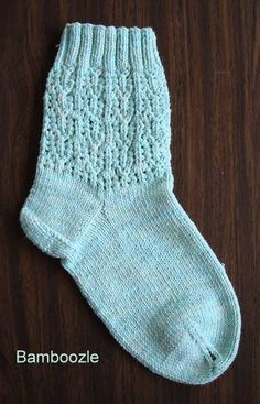 free knit socks pattern - Bamboozle Summer Dreams sock pattern - Crystal Palace Yarns