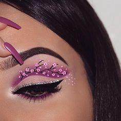 2019 최고의 할로윈 눈 화장 아이디어 2019 2019 - - Uñas Coffing - Maquillaje - Peinados - Moda - Zapatos - Moda masculina - Maquillaje de ojos - Trenzas - Vestidos - Trajes casuales - Moda Emo - Uñas acrílicas - Piercings - Uñas - Tatuajes - Arte corporal - Tutori Makeup Eye Looks, Eye Makeup Art, Crazy Makeup, Cute Makeup, Gorgeous Makeup, Eyeshadow Makeup, Beauty Makeup, Crazy Eyeshadow, Awesome Makeup