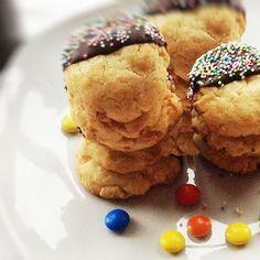 Macadamia-Cookies ...find it on www.bcproject.de  #eeeeeats #food #foodporn #yum #instafood #yummy #amazing #instagood #photooftheday #sweet #dinner #lunch #breakfast #fresh #tasty #food #delish #delicious #eating #foodpic #foodpics #eat #hungry #foodgasm #hot #foods #sweettooth ...zu finden auf www.bcproject.de