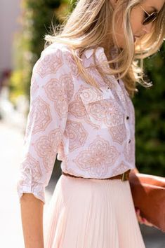 Women's fashion | Off white pleated skirt with patterned white blouse