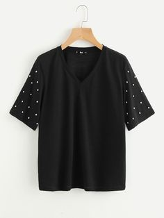 Shop Pearl Beaded Sleeve T-shirt online. SheIn offers Pearl Beaded Sleeve T-shirt & more to fit your fashionable needs. Piece Of Clothing, Clothing Items, Latest T Shirt, Woman Outfits, All Black Outfit, Refashion, Shirt Designs, Tee Shirts, Clothes For Women