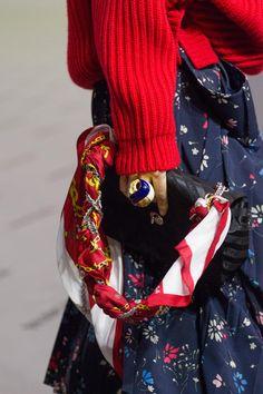 Défilé Balenciaga prêt-à-porter femme automne-hiver 2017-2018 65