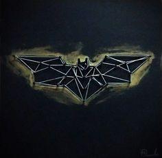 Cuadro Mdf Batman 30x30  Cuadro elaborado en MDF con clavos e hilo. Medida 30*30*1,5 cm. incluye soporte para colgar Batman, Opera House, Nail String, Opera