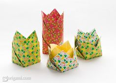 Origami paper tulip box