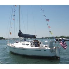 """Rod Johnstone's second successful J-Boat design the J-30. We had hull number 323 """"Mary's Prayer"""" of this popular one-design racer/cruiser and enjoyed """"beer can racing"""" her on Wednesday and Friday evenings off Greenwich in Captains Harbor. #sailboat #sailboats #boats #jboats #jboat #J30sailboat #onedesign #sailing #tbt #beercanracing #yachtracing by john.a.glynn"""