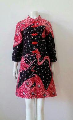 Tatabebe Batik Lasem Batik Fashion, Work Fashion, Fashion 2017, Asian Fashion, Fashion Weeks, Womens Fashion, Blouse Batik, Batik Dress, Traditional Fashion